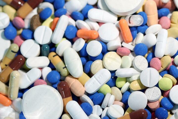 Die Medizin kam nie bei den Kunden an, obwohl sie der Apotheker abgerechnet hatte. (Symbolbild)