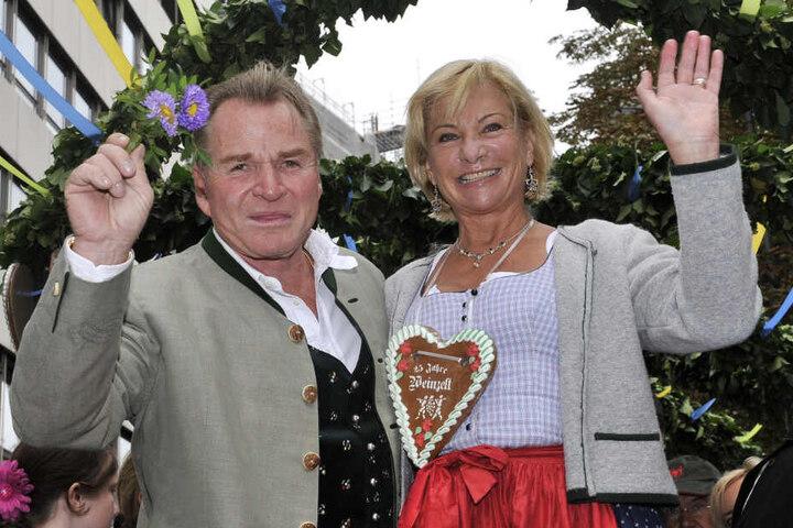 Fritz und Angela Wepper besuchen das Oktoberfest 2009 in München.