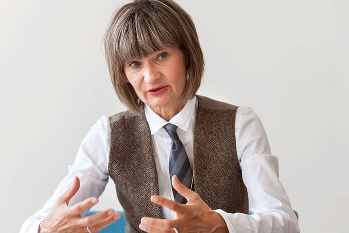 OB Barbara Ludwig (55, SPD) kann nicht mehr so gut mit ihrem  Sozialbürgermeister. Sie hat ihm die Schulnetzplanung entzogen.