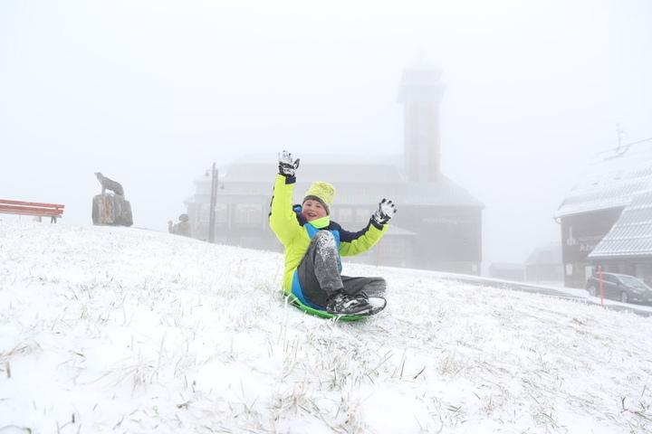 Beim Wintereinbruch im Oktober reichte der Schnee sogar für eine Schlittenfahrt. (Archivbild)