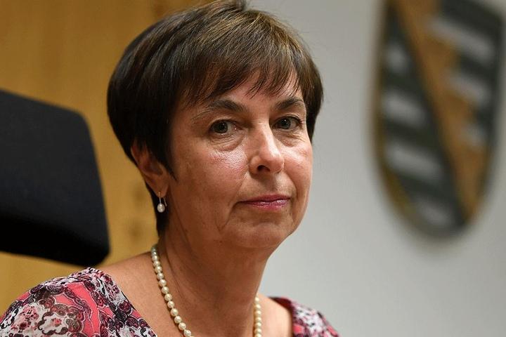 Staatsanwältin Ingrid Burghart (54).