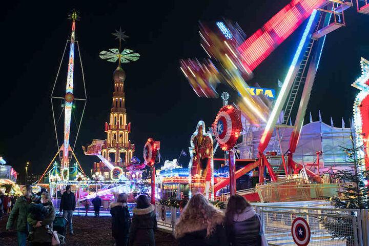 Beim Großen Berliner Weihnachtsmarkt geht's eher rasant zu.