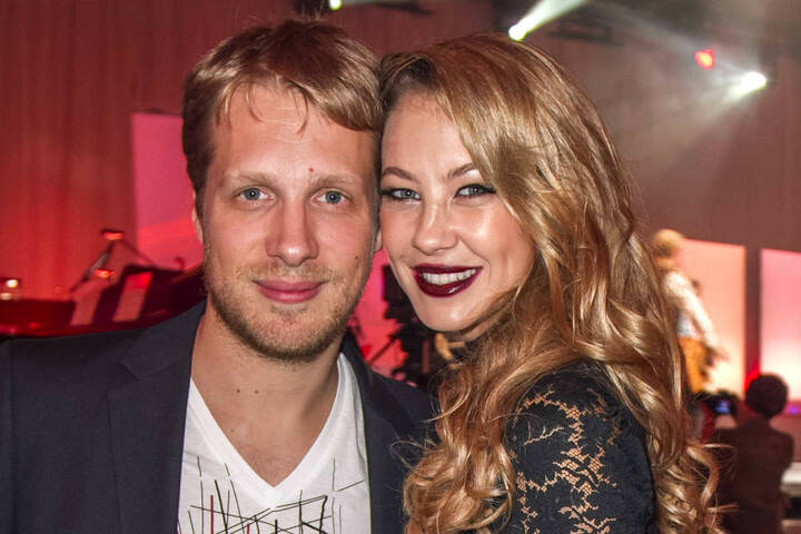 Von 2009 bis 2013 war Sandy mit Oliver Pocher (38) zusammen, mit ihm bekam sie bereits Zwillinge und eine Tochter.
