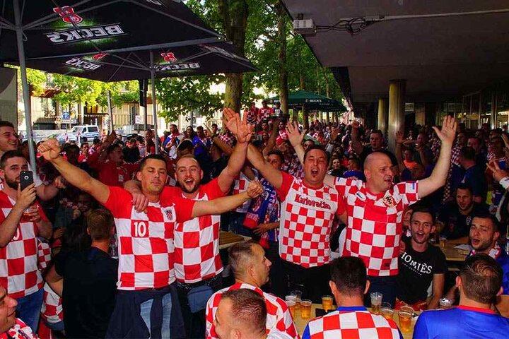 Spätestens nach dem zweiten Tor von Kroatien in der Verlängerung gab es kein Halten mehr.