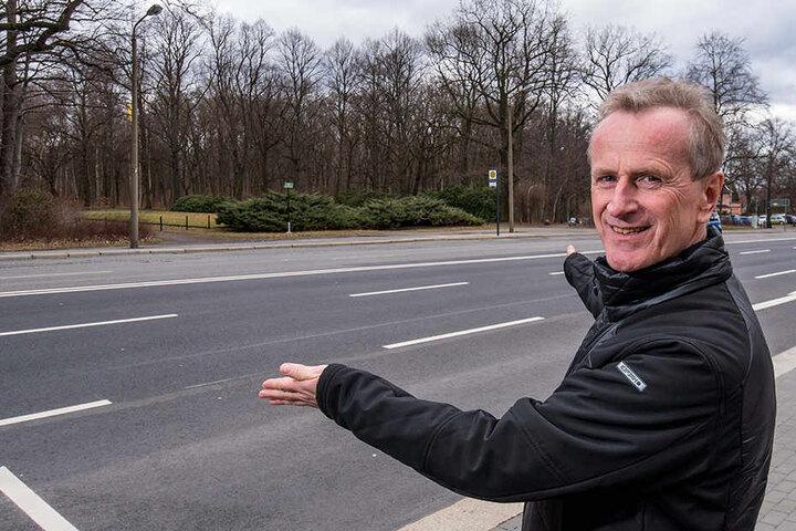 Dietmar Holz (58) will die Parkeisenbahn bis zur Leipziger Straße verlängern.