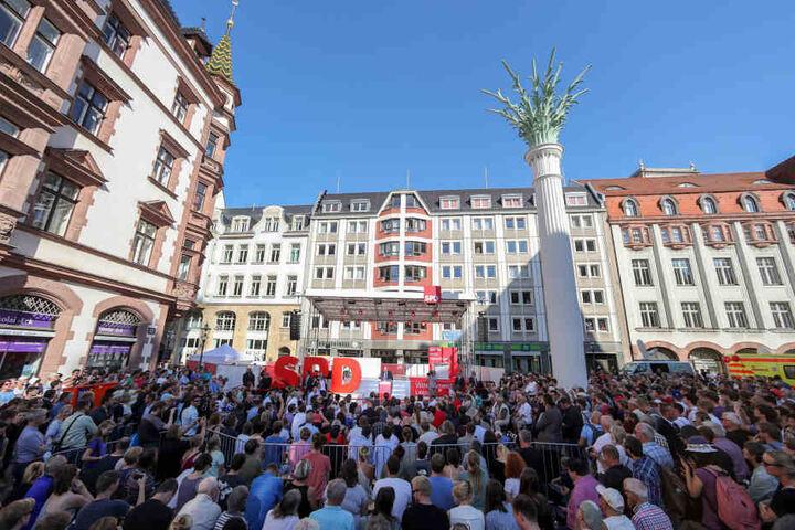 Wahlkampf von SPD-Kanzlerkandidat Martin Schulz (61) in Leipzig. Vieles  bezahlen auch die Bundesparteien.