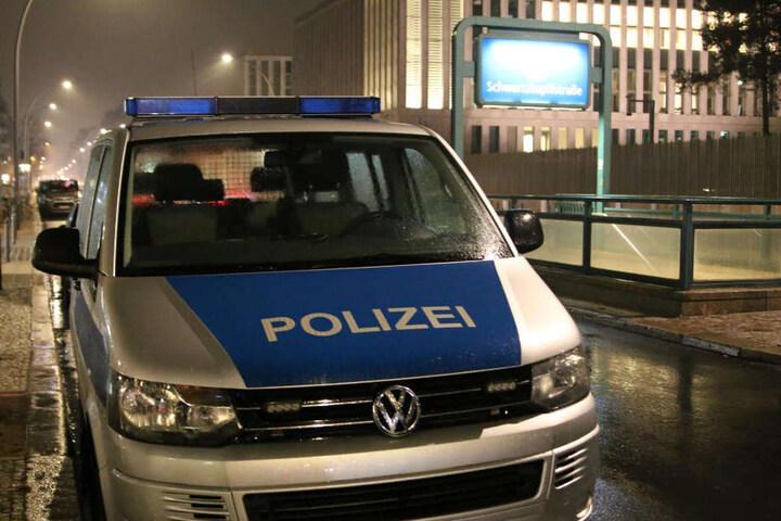 Die Polizei ermittelt, wie es zu dem Unglück kommen konnte.