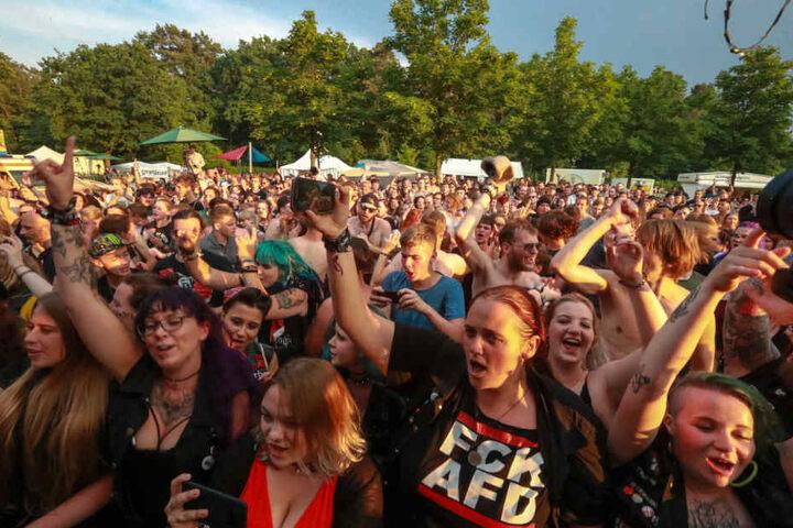 2500 Rocker feierten ausgelassen.