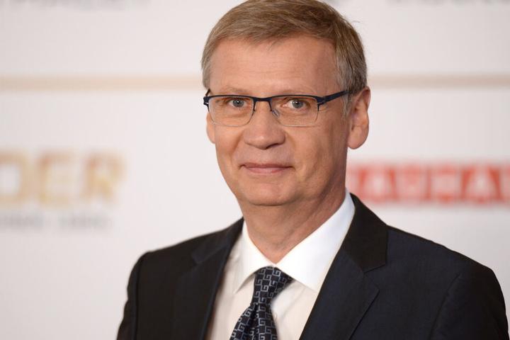 Moderator Günther Jauch sitzt seit 20 Jahren auf dem Moderatoren-Hocker.