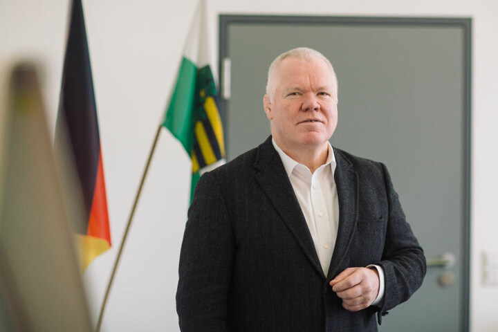 """Inakzeptabel"" nennt Landespolizeipräsident Horst Kretzschmar (59) so manche Szene."