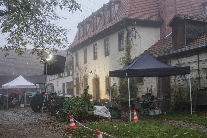 Auf einem Bauernhof in Troistedt dreht das Tatort-Team den neuen Weimar-Tatort.
