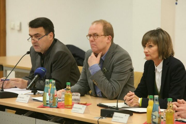 Pressekonferenz im Rathaus zur aktuellen CFC-Krise (v.l.): Mathias Hänel, Dirk Kall, Ob Barbara Ludwig.