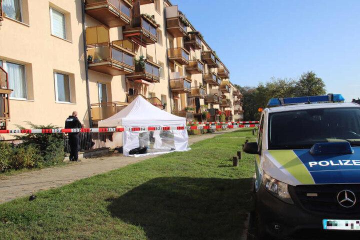 Eine Mordkommission hatte nach dem Vorfall vom frühen Montagmorgen die Ermittlungen übernommen.