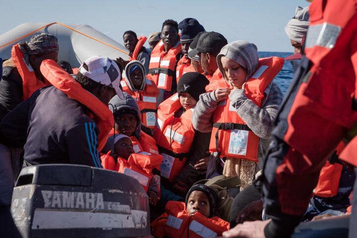 Am 22. Dezember 2018 hatte die die Crew von Sea-Watch 3 den Angaben der Organisation zufolge mehr als 30 Menschen auf See gerettet.