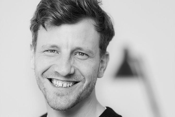 """Magnus Busch (39), Direktor """"business development"""", ist auf der Suche nach einem Hotel in Dresden."""