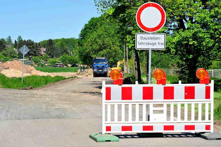 An der Glösaer Straße wird eine 900 Meter lange Zufahrt für die Erstaufnahmeeinrichtung gebaut.