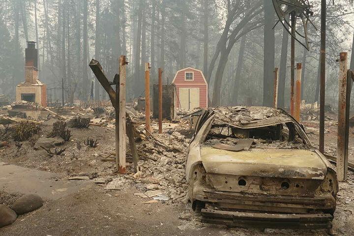Extreme Wetterlagen, Überschwemmungen und Brände nehmen immer weiter zu.