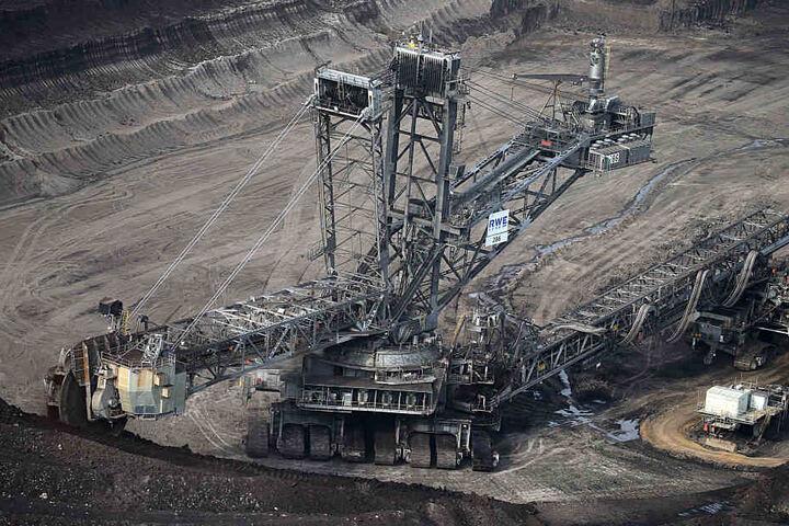Der RWE-Tagebau Inden liegt zwischen Eschweiler und Jülich.