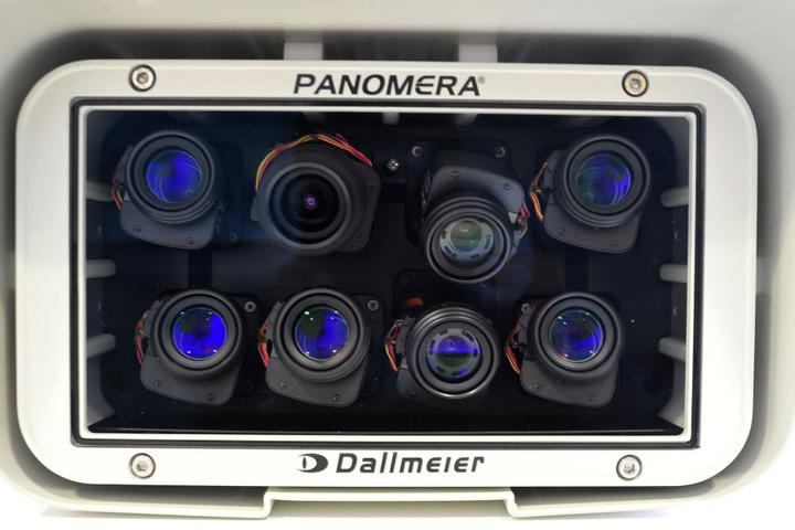 Die Videokameras können sogar nachts Täter so aufnehmen, dass die Polizei sie identifizieren kann.