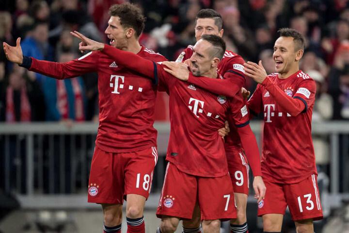Sie wollen weiter jubeln: Bayern spielt am Mittwoch Abend gegen Leipzig.