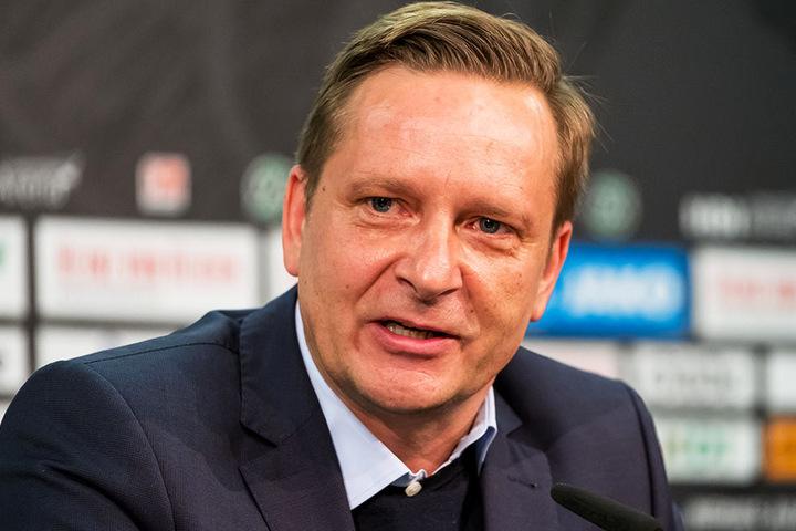 Regte sich tierisch über die UEFA und ihre Pläne auf: Hannover-96-Manager Horst Heldt.