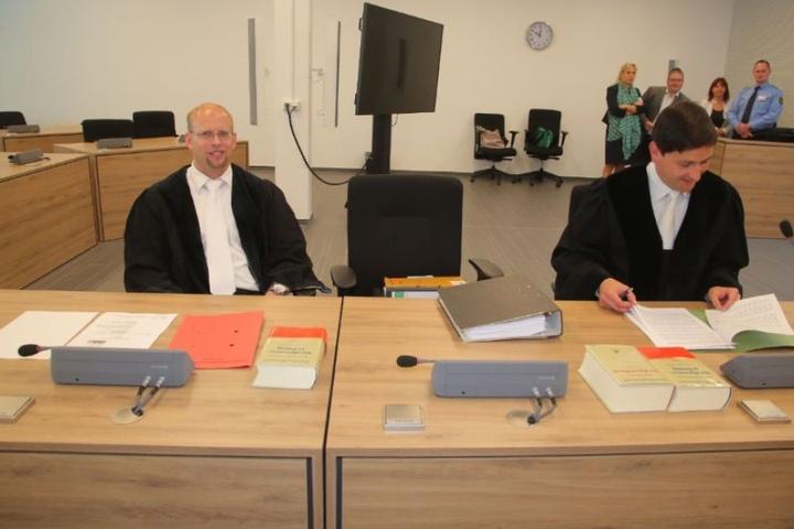 Die Generalstaatsanwälte Christian Richter (l.) und Tobias Uhlemann.