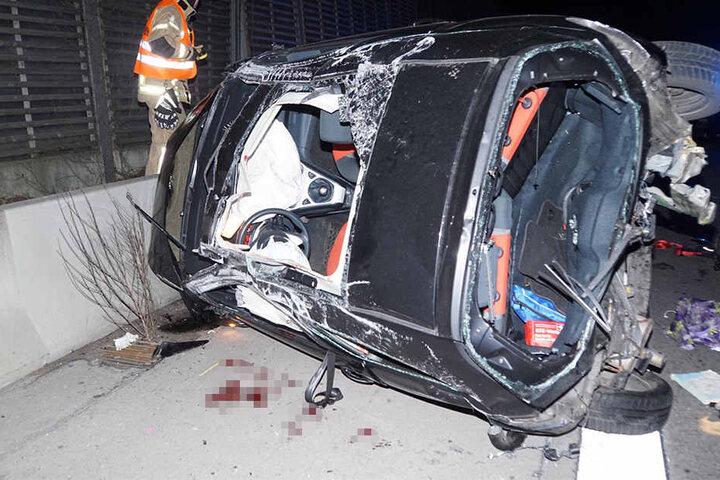 Durch den Auffahrunfall überschlug sich das Auto mehrfach.