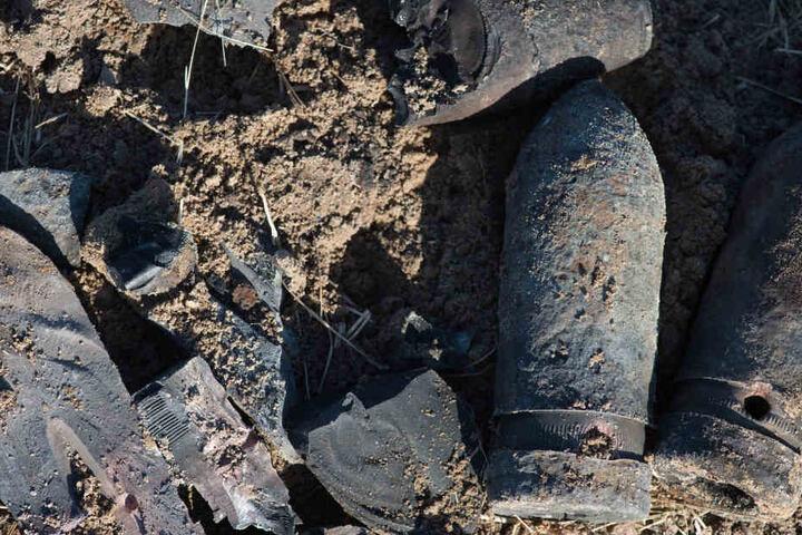 Mehrere Granaten wurden im gesperrten Naherholungsgebiet Großer Teich in Freiberg gefunden. (Symbolbild)