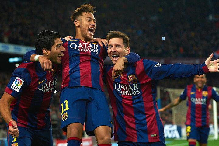 Jubel-Szenen aus vergangenen Barca-Tagen. Luis Suarez, Neymar und Lionel Messi waren drei Jahre lang das Sturm-Trio der Katalanen.