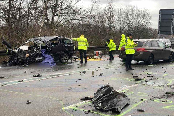Gleich mehrere Autos waren in den Unfall involviert.