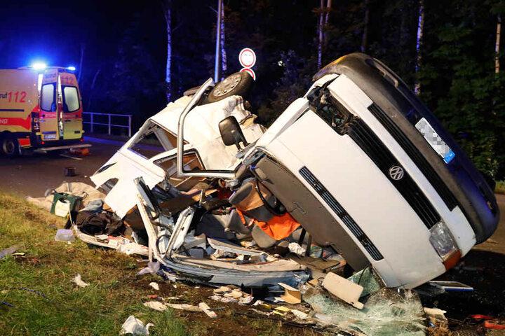 Der VW-Fahrer verstarb noch im Rettungswagen.
