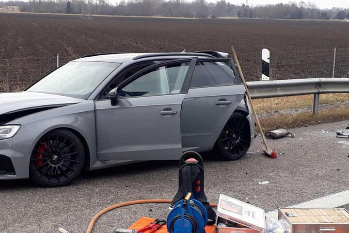 Insgesamt waren zwölf Personen an dem Unfall beteiligt.