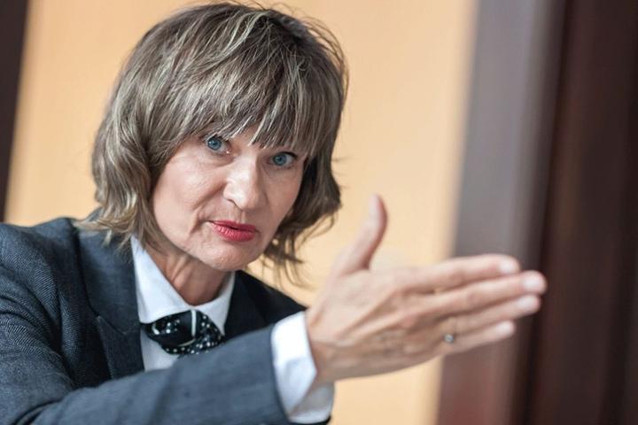 Oberbürgermeisterin Barbara Ludwig (55, SPD) steht unter Beschuss wegen der Museumsnacht.