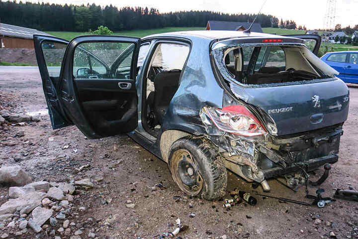 Der VW war dem Peugeot ins Heck gefahren.