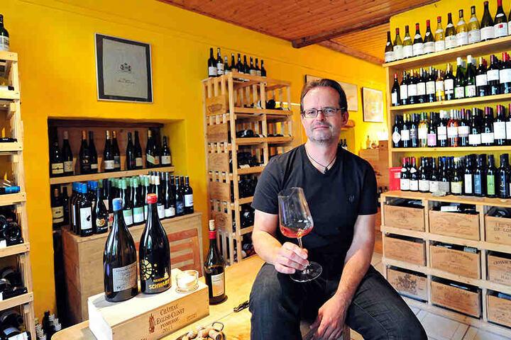 """""""Master of Wine"""" Janek Schumann (47), nur sieben andere in Deutschland dürfen diesen Titel tragen."""