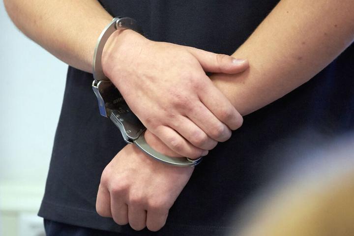 Montagnacht bestätigte die Polizei, dass der Verdächtige festgenommen wurde. (Symbolbild)