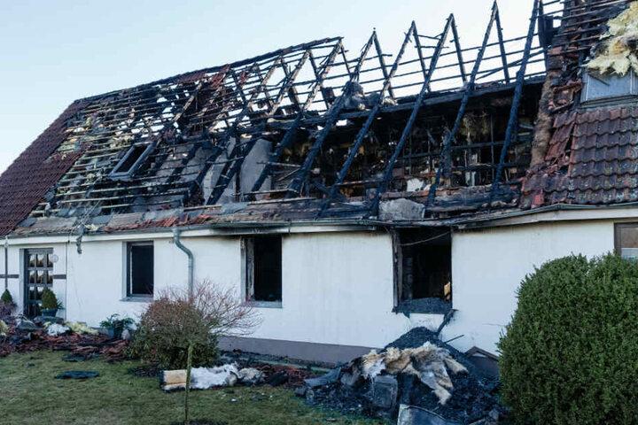Das ausgebrannte Haus steht im Dassower Ortsteil Klein Voigtshagen.