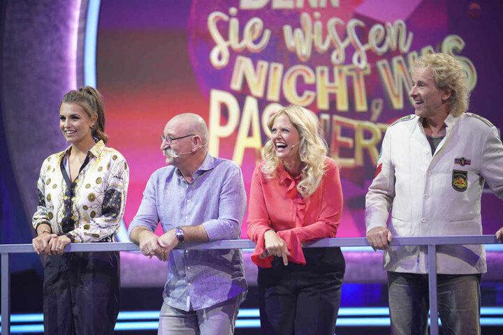 Gute Laune bei den Teams (l-r): Laura Wontorra, Horst Lichter, Barbara Schöneberger und Thomas Gottschalk.