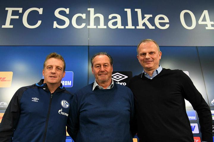 Sollen S04 aus der Krise helfen (v.l.n.r.): Mike Büskens (Co-Trainer), Huub Stevens (Chefcoach) sowie Sportvorstand Jochen Schneider, der erst vor 14 Tagen von Leipzig nach Gelsenkirchen wechselte.
