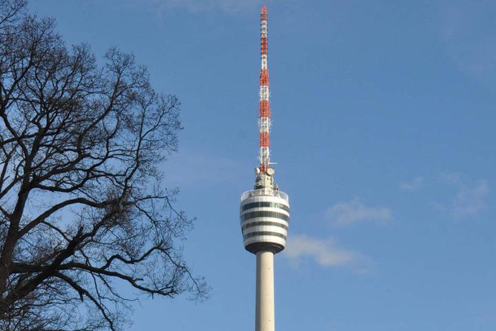 Der Fernsehturm hat heute bis 23 Uhr geöffnet.