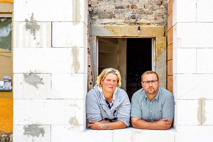 Können wieder zuversichtlicher in die Zukunft blicken: Susanne (36) und Thomas May (44).