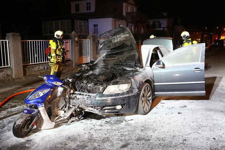 Mit Renés Roller in der Front war David K. einfach weitergefahren bis sein Wagen in Flammen aufging.