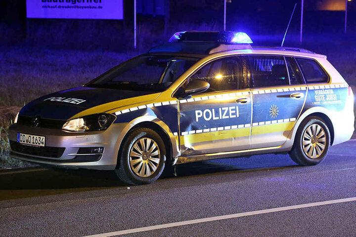 Auf seiner Flucht wurden mehrere Autos beschädigt, darunter auch drei Polizeiwagen.