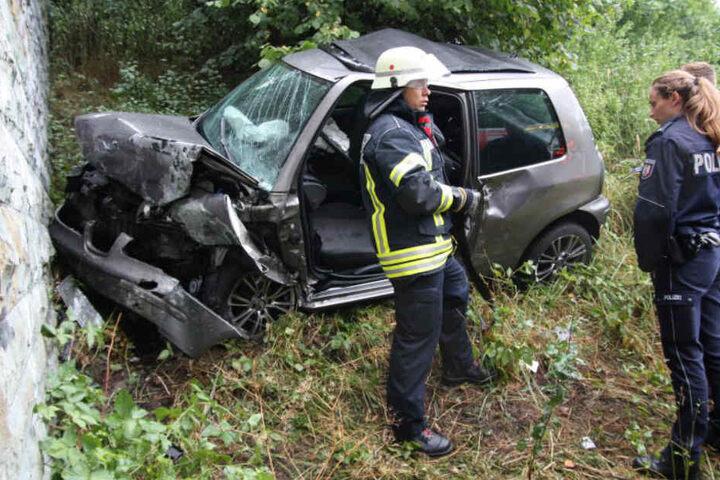 Die Polizei untersuchte die Unfallstelle.