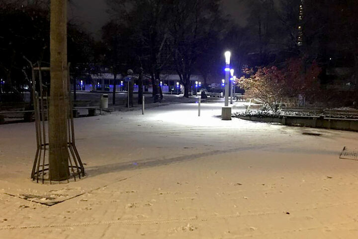 Auch in Chemnitz sind wenige Zentimeter Schnee liegen geblieben.