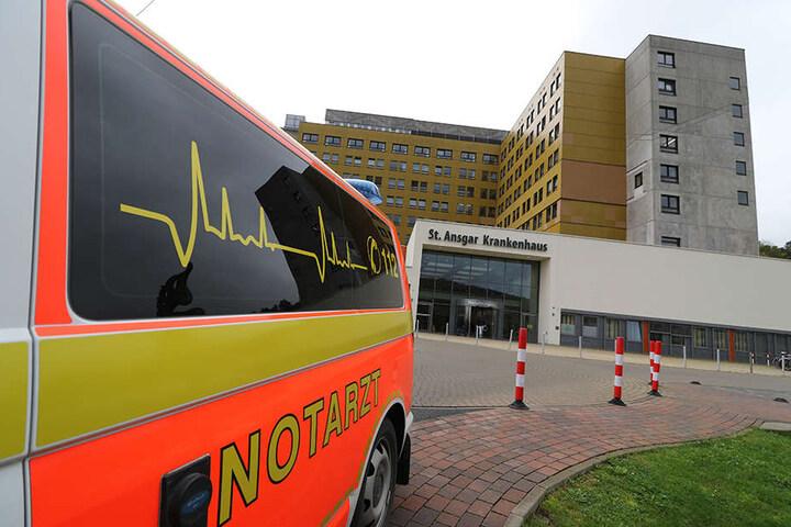 Mit einem Rettungswagen wurde der Junge in eine Spezialklinik nach Kassel gefahren. Leider zu spät.