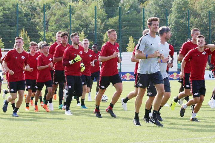 Treffen sich am 5. Juli wieder am Cottaweg: Die Spieler von RB Leipzig.