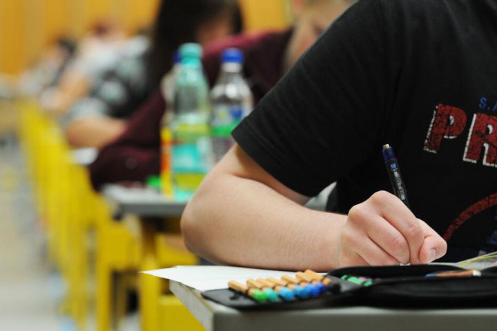 Eine Distanz zur Schule oder eine Drop-out-Mentalität spielen in Bayern laut Deutschen Jugendinstitut kaum eine Rolle.