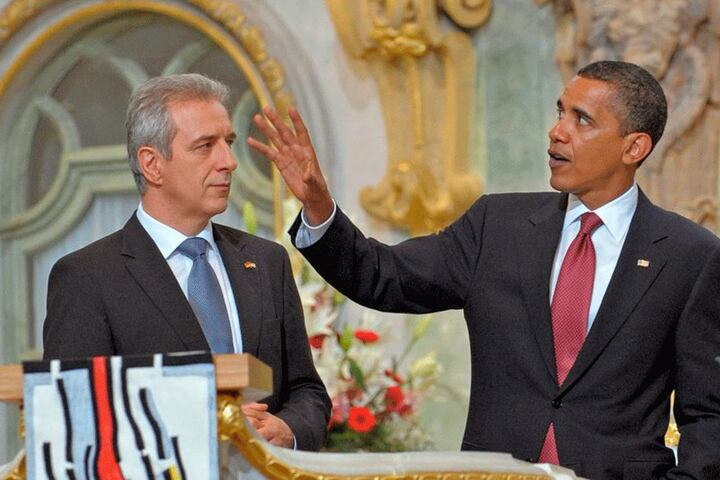 Höhepunkt im Juni 2009: Stanislaw Tillich zeigt US-Präsident Barack Obama die Frauenkirche in Dresden.