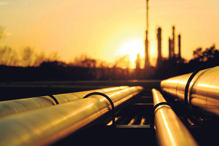 So glänzend, wie es hier scheint, lief es zuletzt nicht mit den Ölimporten durch die Pipeline.